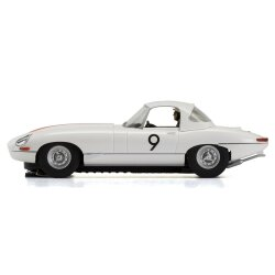 Jaguar E-Type Bathurst 1965 Scalextric C3890