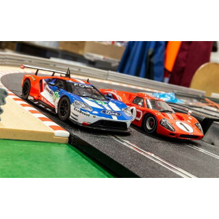 Legends 50 Years of Le Mans Ford GT MKII & GTE  Team Pack C3893A